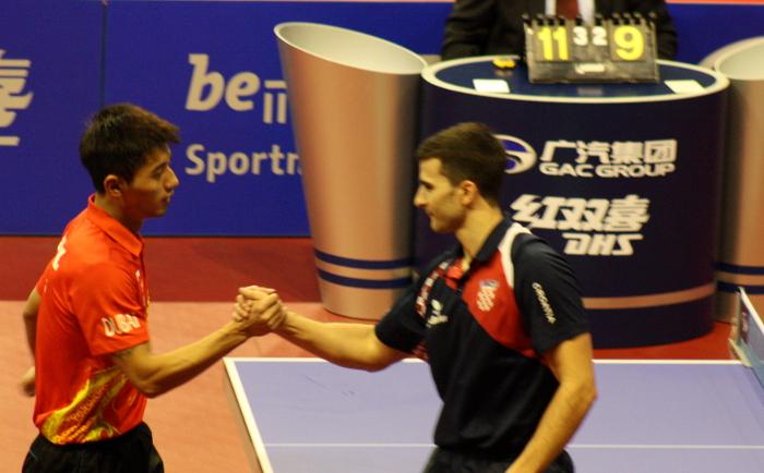Andrej Gacina brachte den Weltmeister und Olympiasieger Zhang Jike mehrmals ordentlich ins Schwitzen, am Ende behielt der Chinese jedoch die Oberhand.