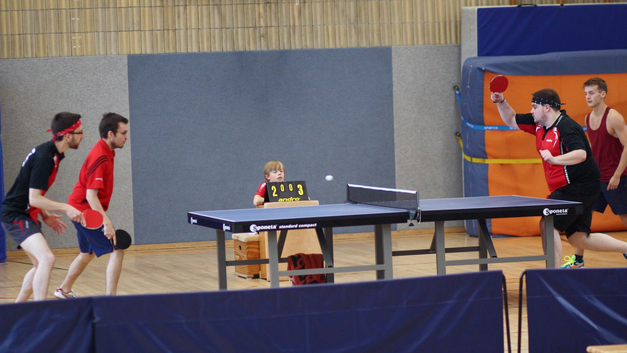 Finale: Felix und Sascha (links) gegen Domenik und Robin