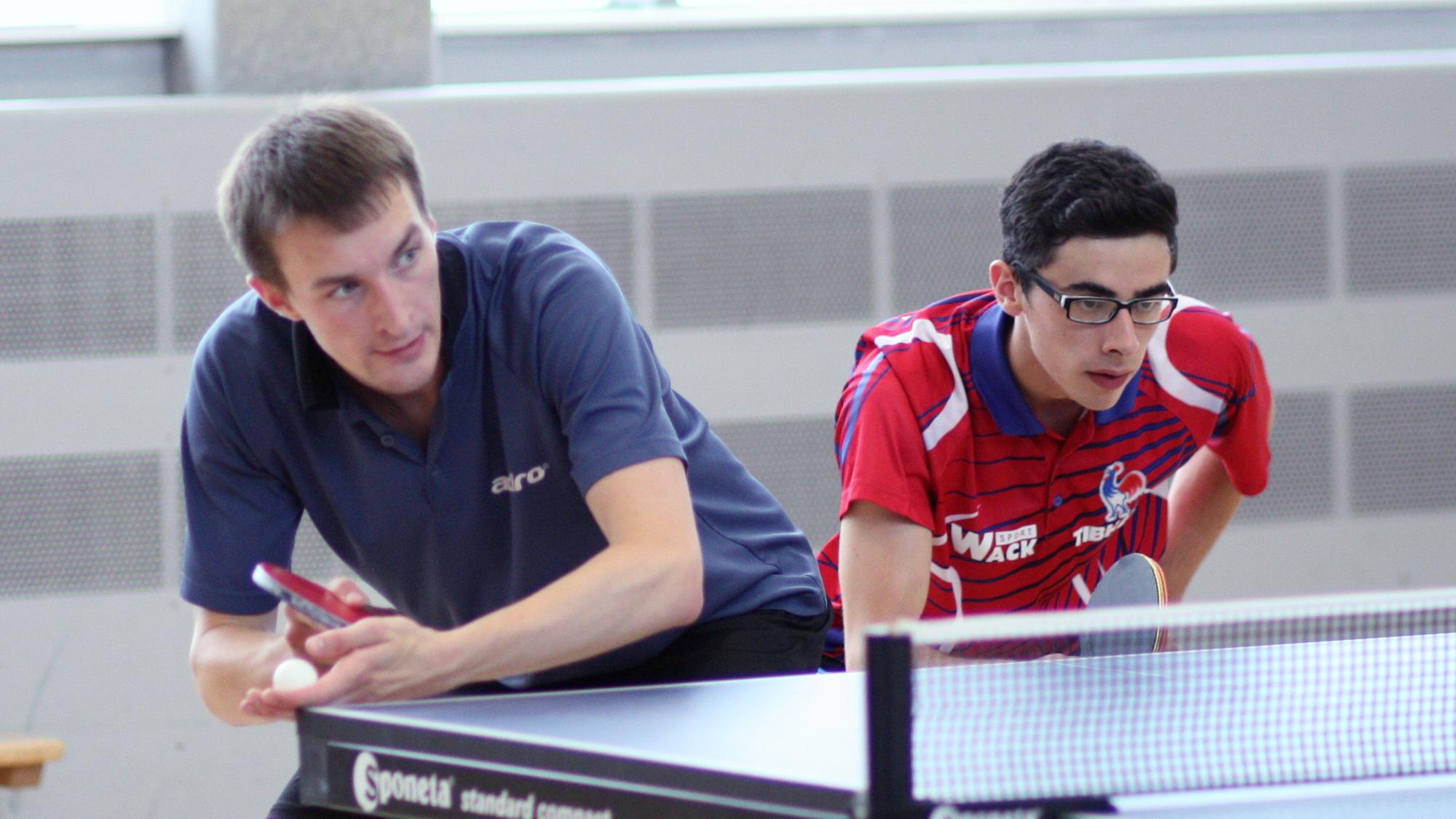 Unsere Neuzugänge Niklas (links) und Benedikt unterlagen im Viertelfinale Sascha und Felix mit 1:3