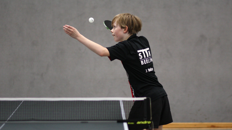 Heute gehorchte ihm der Ball ausgesprochen gut: Jan holte die Goldmedaille im Einzel, Doppel und Mixed.