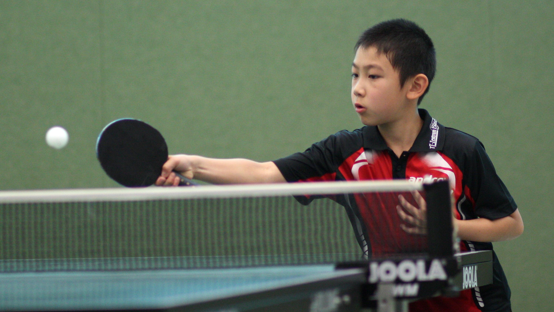 Jiayu erreichte die 1. KO-Runde.