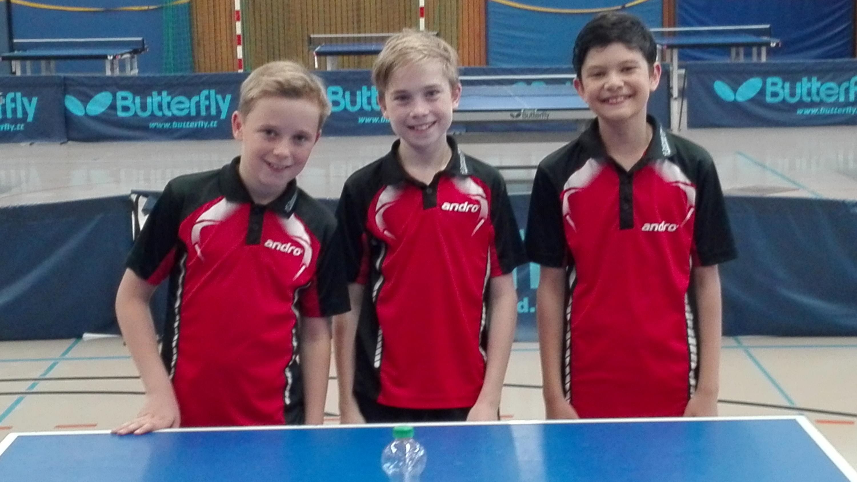 Auch nach einem harten Turniertag immer noch bester Laune - Michel, Felix und Raden