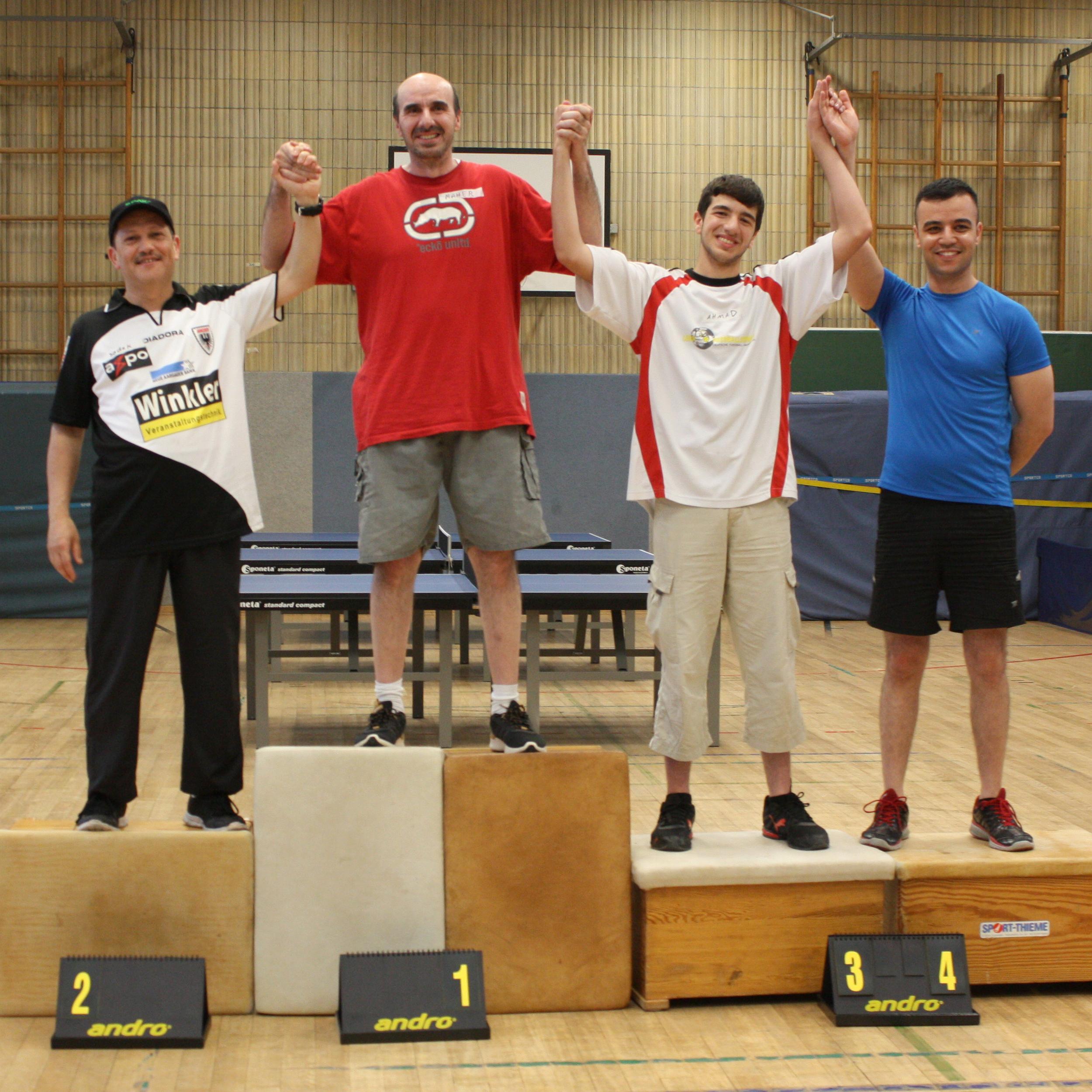 Siegerehrung Einzel: 1. Platz: Maher 2. Platz: Sadek, 3. Platz: Ahmad 4. Platz: Bassam