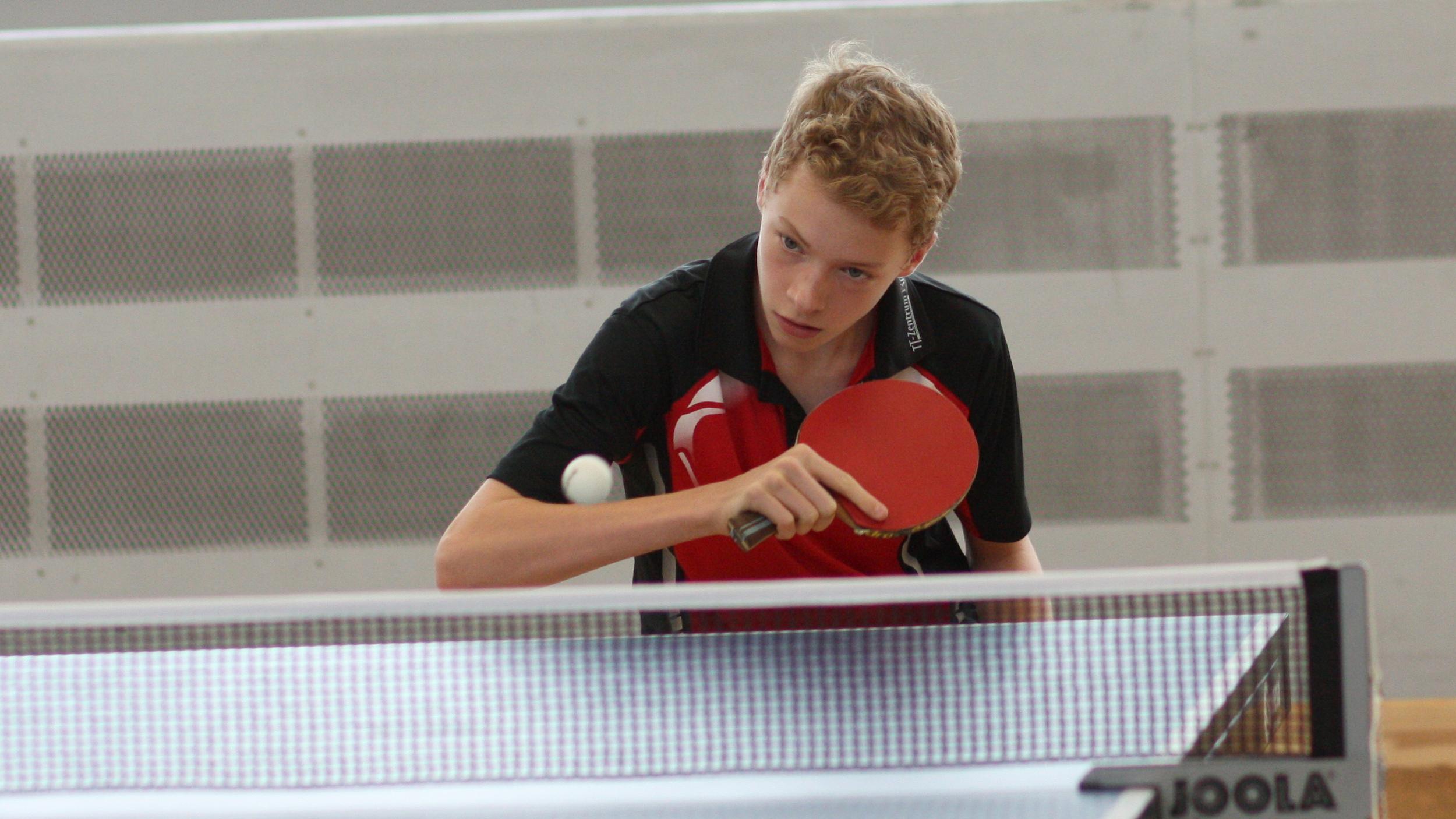 Marvin erreichte das Finale der A-Schüler, konnte dort aber einem glänzend aufgelegten Felix nicht genug entgegenzusetzen.