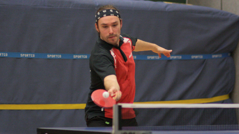 Lennart gewann gegen Köpenick zwei Doppel und zwei Einzel und avancierte somit neben Thomas zum Matchwinner