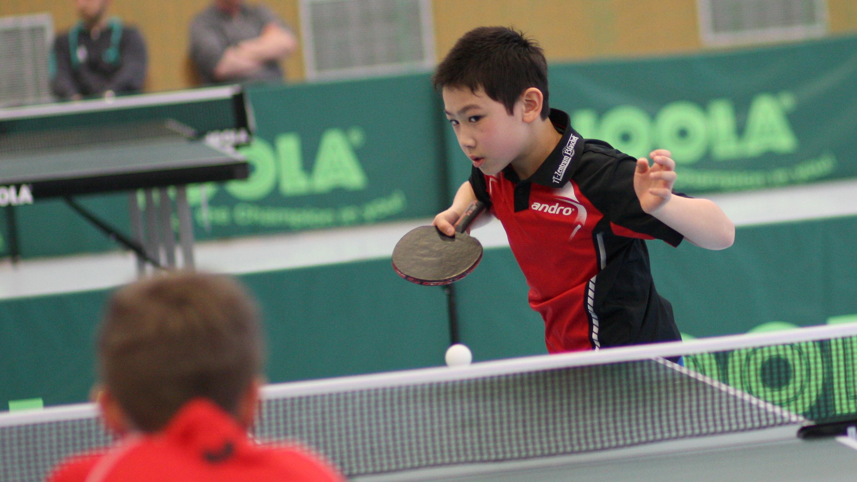 Ganz konzentriert spielte Jiayu bis ins Finale und wurde schließlich mit der Goldmedaille belohnt.