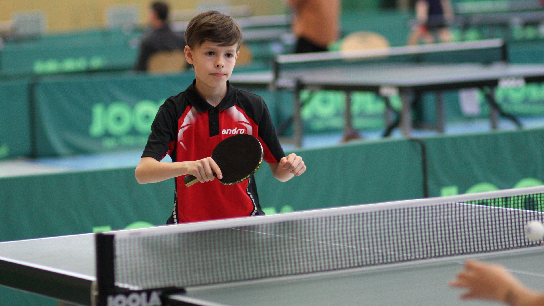 Mads spielte sein erstes großes Turnier und zog gleich ins Achtelfinale ein.