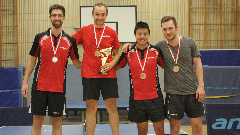 Siegerehrung Herren: 1. Lennart, 2. Felix, 3. Marc und Alex.