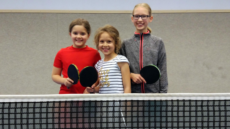 Mit Karla, Sarah und Nathalie waren Teilnehmerinnen sowohl von der Schul-AG als auch von unserem Vereinstraining dabei.