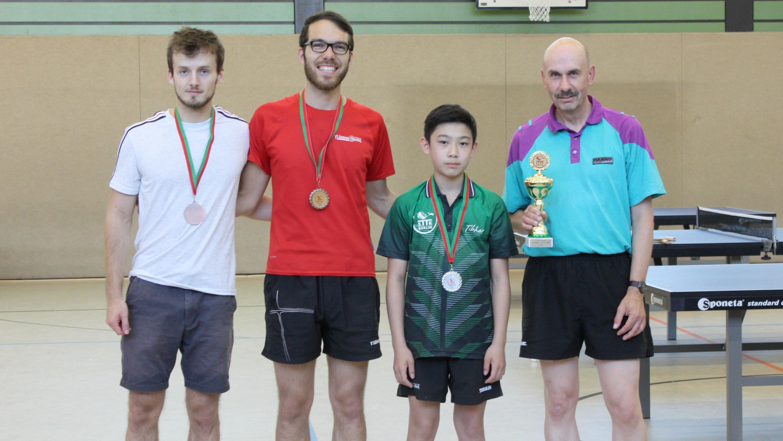 Siegerehrung Clickball-Turnier 2018/2019 Hauptrunde: 4. Platz Robin, 3. Platz Ramon, 2. Platz Jiayu, 1. Platz Martin E. (von links)