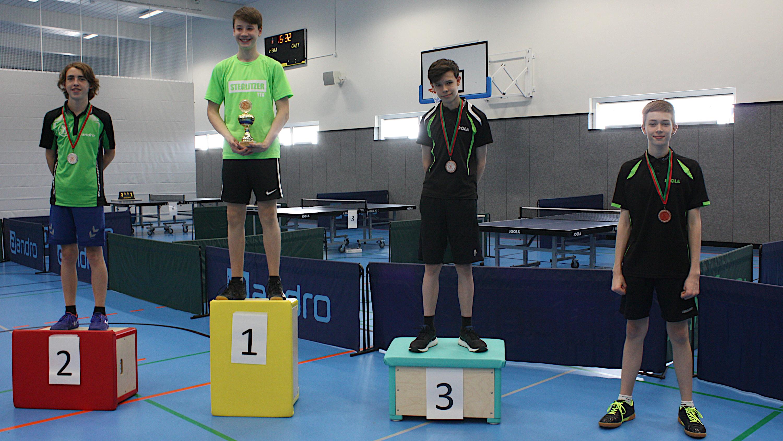 Siegerehrung Vereinsmeisterschaften 2021 Jugend 15: 1. Fíonn, 2. Oscar, 3. Mads, 4. Ben