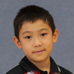 4. Jiayu Tong