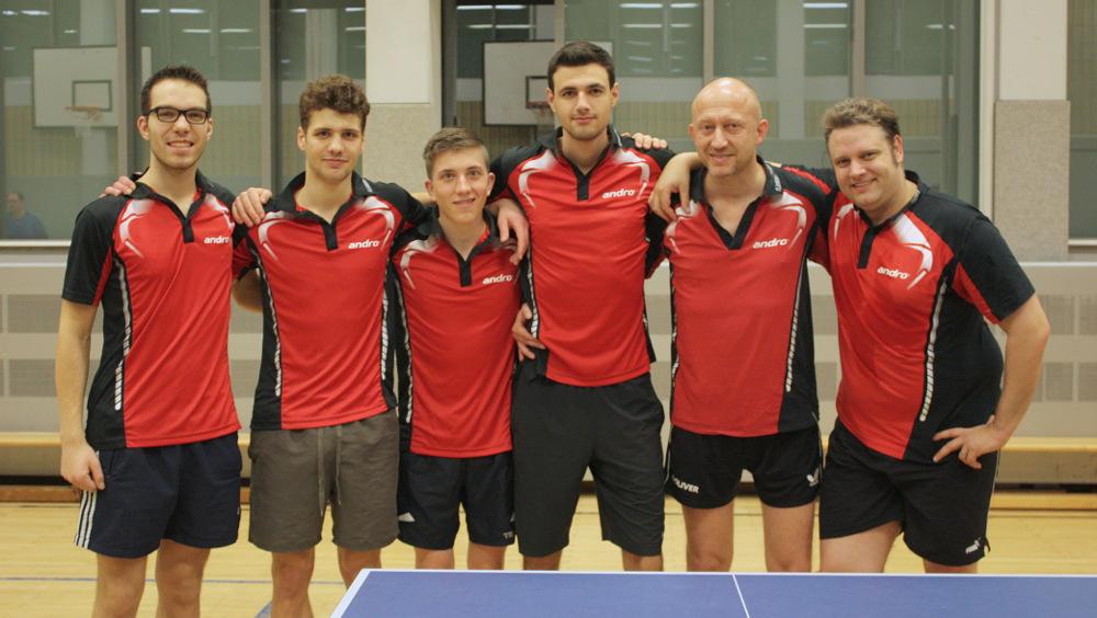 3. Herren Rückrunde 2014/2015: Ramon, Brückner, Nils Engler, Mike Pollow, Alen Brkic, Peter Wode, Michael Egbers (von links)